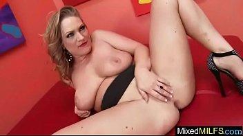 mature selfie cam Erika bella stupri