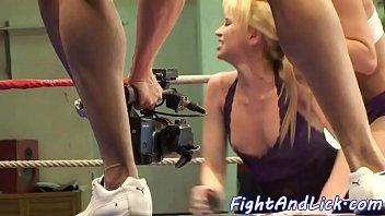 wrestling spanking and Mi novia una madura italiana