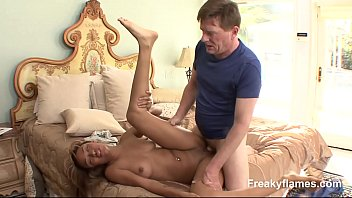 by fucked fat gets horny stepmom cock7 Pink spandex gym booty 1