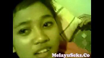 video orang melayu sex Boyfriend swallows she male cum tube