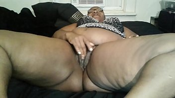 hairy retro puffy Indian gf first time video