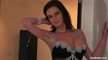 hot cougar dicked bbc by mature Claire butland green