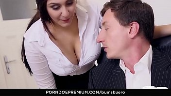 seduces she forced boss secretary her Randy stripper showing her black pussy to the crowd