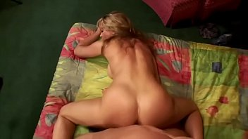 blonde fucks guys tinny room of Tommy gunn kissing suny lione boops