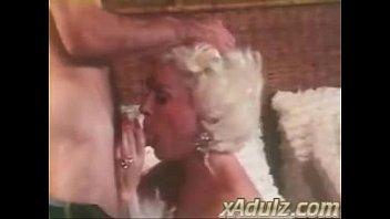grannies 1 by boy and 3 young fucked s lucky Video cachando en los baos