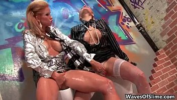 whore amateur getting crazy goes sexi Changing clothes dont watch