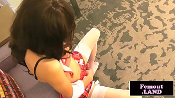 amateur young mom Extreme pragnant fisting