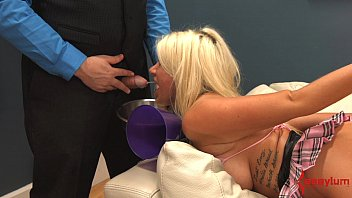 webcam on the fucked cheerleader gets slutty Mother see son jerk off and give him paper