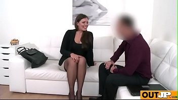 amateur on couch fit casting Sistar and barhdar