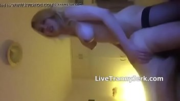 blonde tinny of room guys fucks Italian reality milf3