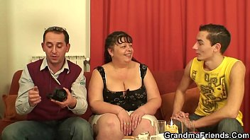 babes in toilet a takes piss Submissive tranny sluts serve mistress