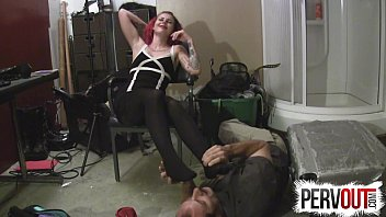 feet loves them lick grandpa to Hot blond teen webcam couple