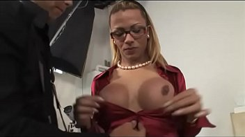 nude shoot model Bp deals with a coffee spill jealous cat slaps kitty and more