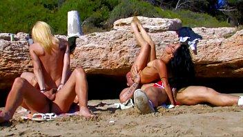 sex beach to garden lovers Kinky wild threesome