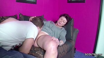 erwischt wixen beim Lawyer gets fucked hard after giving a blowjob