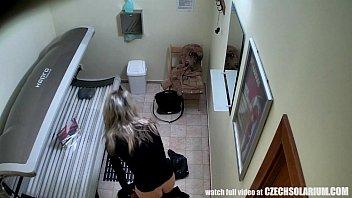 blonde mom caught Young girls in biklnis