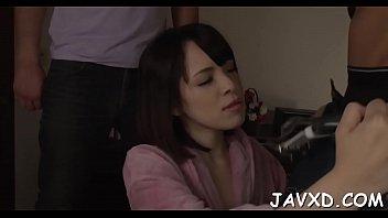 girl massage japanese virgin Videos de la cantante shakira