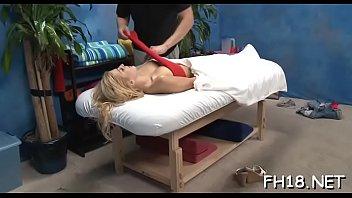 massage real mom Anal858 temnokozhiy paren znaet kak dovesti ee do silnogo orgazma