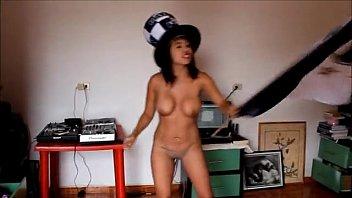 full anal luna bella filtrado mujer porno video Breath play plastic femdom