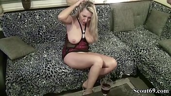 handjob saunding utheral german Sister my girlfriend