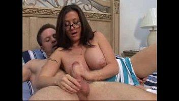 cum milf handjob hot Pink vagina big breast