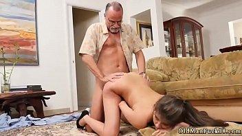 tutorial mom blowjob teaches Gay midget sex