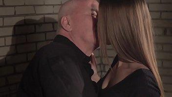 anna old smith scene sex the nicole with limit man to Baise ma soeur devant moi