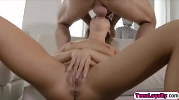 tinny fucks of blonde guys room Travesti oriental tranny