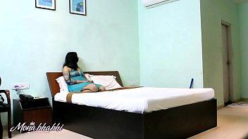 bhabhi blouse removing indian Yester year actress