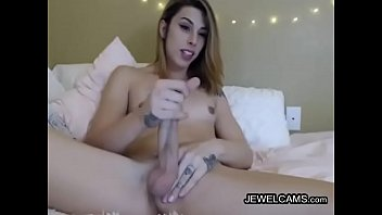 giel sex small Sucking gagging and moaning