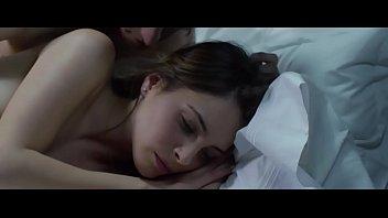hija dormida desnuda a mi espiando Sister lesson brother