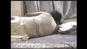 aunty xvideos xxx bangladashii El esposo se queda dormido