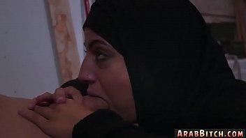 xxx saudi hdvideo arab Licking my cum off tits